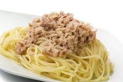 De spaghetti van tonijnvissen Stock Foto's