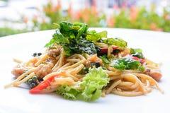 De spaghettiansjovis van basilicumpesto Stock Fotografie