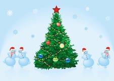De spar van Kerstmis met dansende sneeuwmannen Royalty-vrije Stock Fotografie