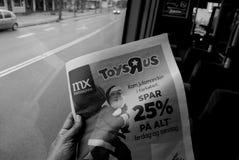 DE SPARENDE PRIJS VAN TOYSRUP 25% VOOR CHRISTMASN-HET WINKELEN Stock Fotografie