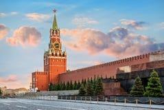 De Spasskaya-toren van Moskou het Kremlin stock foto