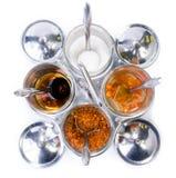 De specerij heeft een smaak van de klanten toegevoegd die komen eten royalty-vrije stock afbeeldingen