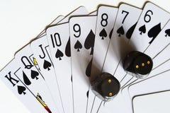 De speelkaarten en dobbelen Stock Foto