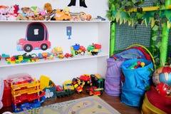 De speelkamer van lege kinderen stock foto's