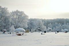 De speelplaats van kinderen in de winter Stock Fotografie