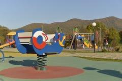 De Speelplaats is Zonnig in de herfst stock afbeelding