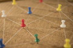 De spelden verbonden lineaire netwerkachtergrond networking stock fotografie