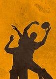 De speler van het rugby het springen bal lineout Stock Afbeeldingen