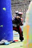 De speler van Paintball in actie Stock Foto's