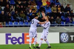 De spelers in actie bij Europese Kampioenschaps Kwalificerende gelijke passen tussen Andorra versus Albanië, definitieve score EN stock fotografie