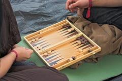 De spelers van het backgammon Stock Fotografie