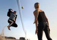 De spelers van het volleyball Stock Afbeelding