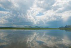De spiegel van de rivier Royalty-vrije Stock Foto's