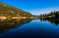 De Spiegel van San Cristobal Lake Reflections Colorado Bliss royalty-vrije stock afbeelding