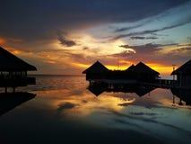 De spiegel van de zonsonderganghemel royalty-vrije stock fotografie
