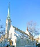 De spits van Predigerkirche in Zürich stock foto's
