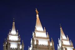 De Spitsen van de Tempel van Salt Lake bij Nacht Stock Afbeelding