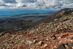 De Spleetuitbarsting 1975 van Tolbachik van de het noordendoorbraak Grote Stock Fotografie