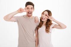 De de spontane man en vrouw die van mensenjaren '20 Europese verschijningsweari hebben Royalty-vrije Stock Foto