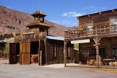 De spookstad van de doodsvallei stock fotografie
