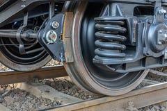 De spoorweg rijdt wagen De trein van de vrachtlading stock afbeeldingen