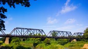 De Spoorweg van de brugrivier Stock Foto