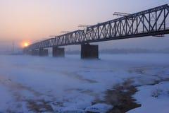 De spoorwegbrug. Stock Foto's