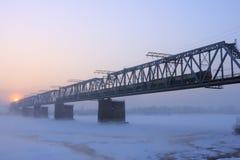 De spoorwegbrug. Stock Afbeelding