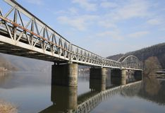 De spoorwegbrug van Praag Stock Afbeelding