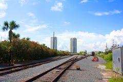 De sporen van de spoorweg stock fotografie