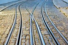 De sporen van de tram in Lissabon, Portugal Royalty-vrije Stock Foto's
