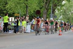 De sport het gezonde oefening van de triatlon triathletes fiets cirkelen Royalty-vrije Stock Fotografie