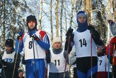 De sportmannen treffen voor begin voorbereidingen Stock Fotografie