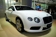 De sportwagen van Bentley Continental GT V8 Stock Foto's