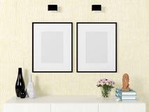 De spot van het affichemalplaatje omhoog op muur met decoratieve elementen Stock Foto's