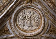 De Sprekende Discipelen van Christus van het Beeldhouwwerk van het Plafond van Vatikaan royalty-vrije stock foto's