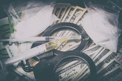 De spuit van de drug en gekookte heroïne Stock Afbeeldingen