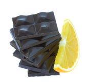 De staaf van Chokolate met oranje plak Royalty-vrije Stock Fotografie