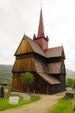 De staafkerk in Ringebu, rond jaar 1220 wordt gebouwd, is één dat Stock Afbeeldingen
