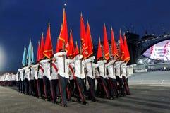 De staat kleurt partij die voorbij tijdens NDP 2009 marcheert Stock Foto