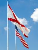 De staatsvlag van Alabama en de vlag van de V.S. samen Stock Foto's