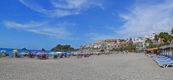 De stad Almunecar in Spanje, panorama van de kusttoevlucht Royalty-vrije Stock Afbeeldingen