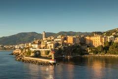 De stad, de citadel en de haven in Bastia in Corsica Stock Afbeelding