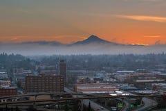 De Stad Eastside van Portland bij Zonsopgang royalty-vrije stock foto's