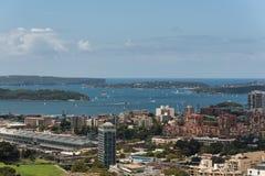 De stad en de baai van Sydney van hoogte Royalty-vrije Stock Fotografie