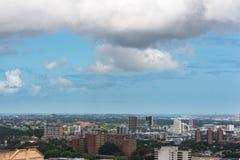 De stad en de baai van Sydney van hoogte Royalty-vrije Stock Afbeeldingen
