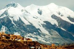 De stad en de bergen van La Paz Stock Afbeelding