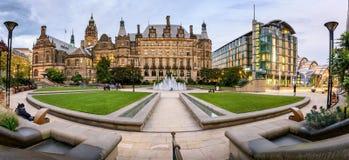 De Stad Hall Sheffield het UK van de vredestuin stock foto's