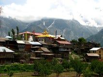 De stad Indisch Himalayagebergte van Kalpa Stock Afbeelding