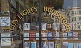 De stad steekt Boekhandelshowcase in San Francisco, CA aan stock fotografie